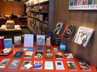 Ophalen boeken in de winkel